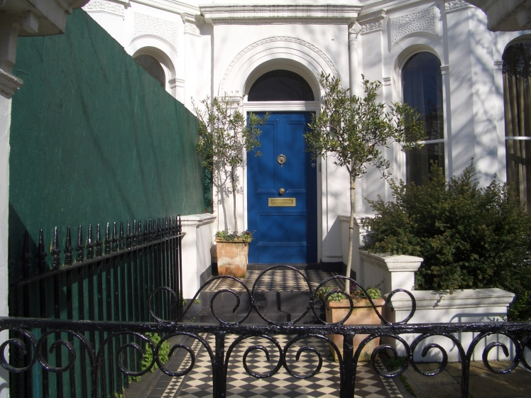 LONDON , A BLUE DOOR