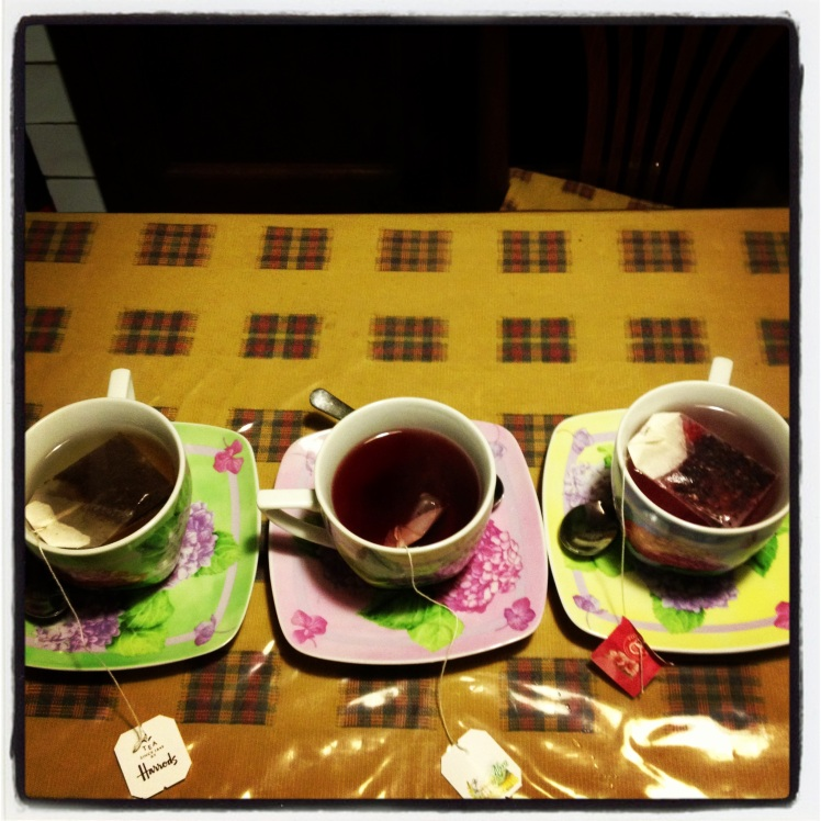 THREE FRIENDS,THREE CUP OF TEA