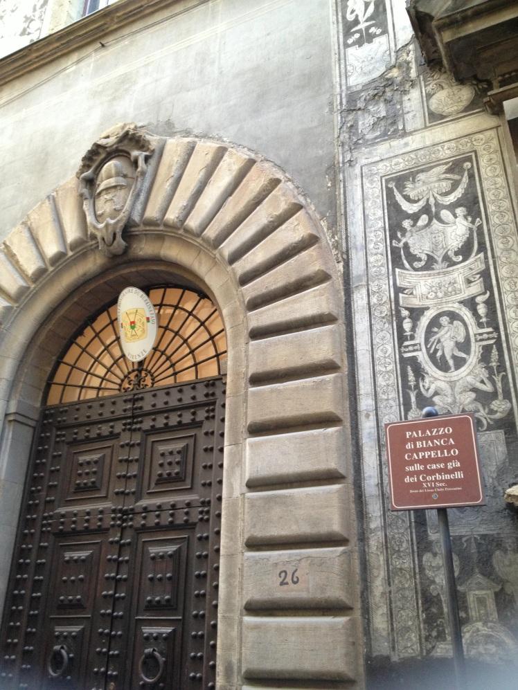 ITALIAN PORTAL IN FLORENCE