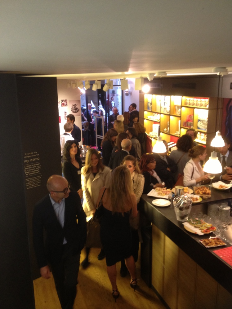 ILLYSHOP BOUTIQUE IN ROME: many celebrities at the new opening
