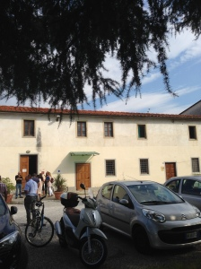 the school : a typical Tuscan farmhouse